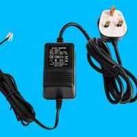 12V2A桌面式线性电源 LED摄像机电源